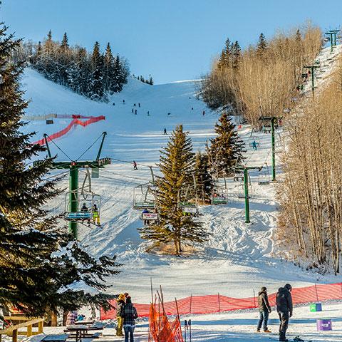Red Deer Skiing