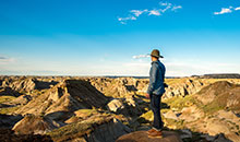 Hiking Badlands Dinosaur Provincial Park