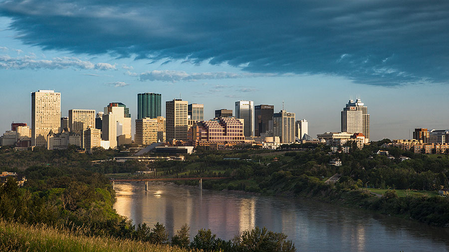 Edmonton downtown river valley