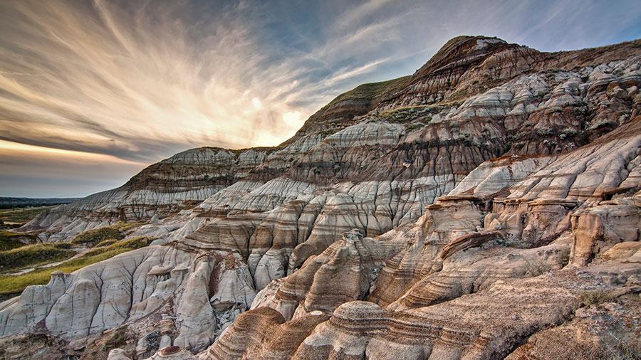 Dinosaur Provincial Park - Credit @jeremyklager